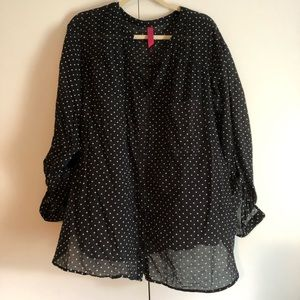 Pure Energy, 4X Polka Dotted Button Down Top